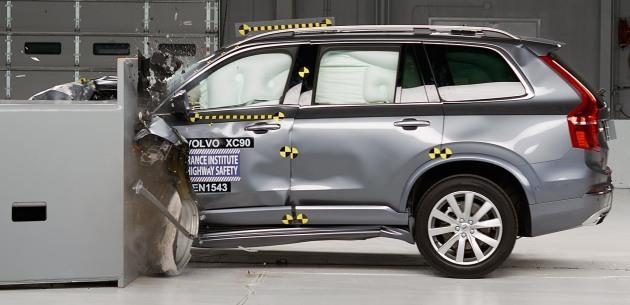 2015 Volvo XC90 IIHS'den Tam Not Ald�