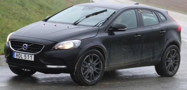 2018 Volvo XC40 SUV Testte G�r�nt�lendi