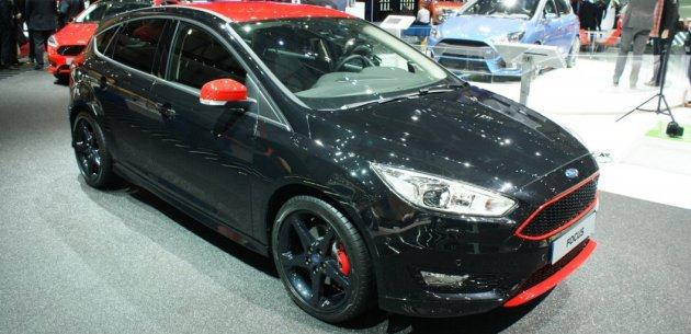 ford-focus-red-black-editions-cenevrede-