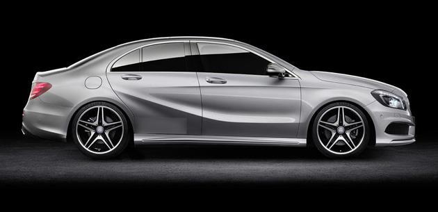 Giriş seviyesi Mercedes-Benz A-Serisi sedan geliyor