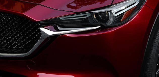 Mazda'dan yeni özel renk