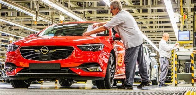 Yeni 2017 Opel Insignia Üretimi Başladı