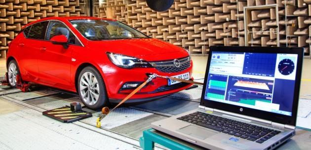 Yeni Opel Astra Akustik Laboratuar�nda