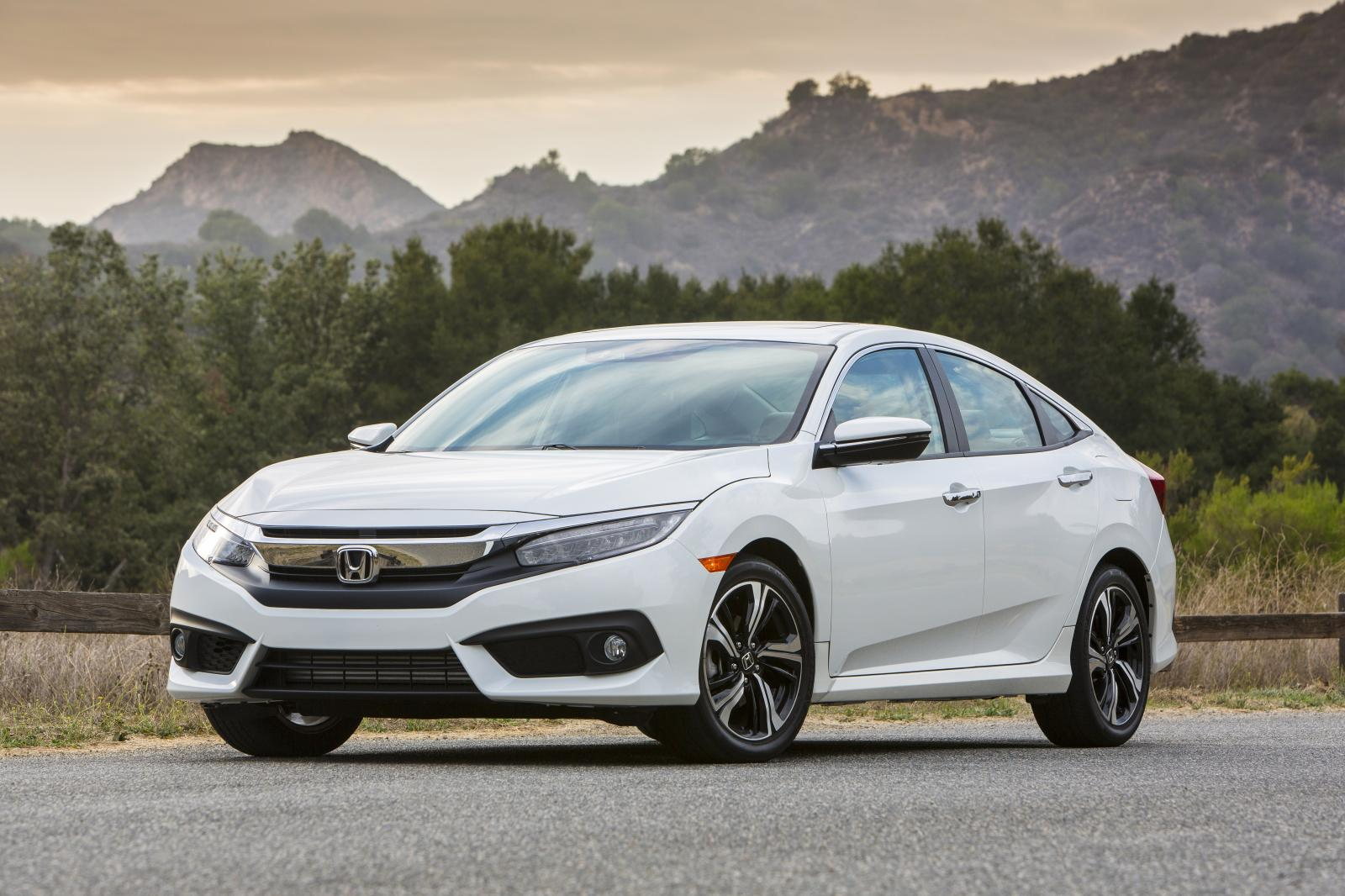 2016 Honda Civic Sedan Amerika Detaylı Resim Galerisi