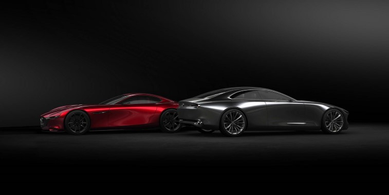 Mazda RX-VISION ve RX-VISION COUPE resim galerisi (11.03.2018)